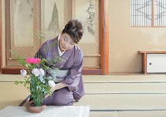 日本文化に触れられるレッスン(華道)